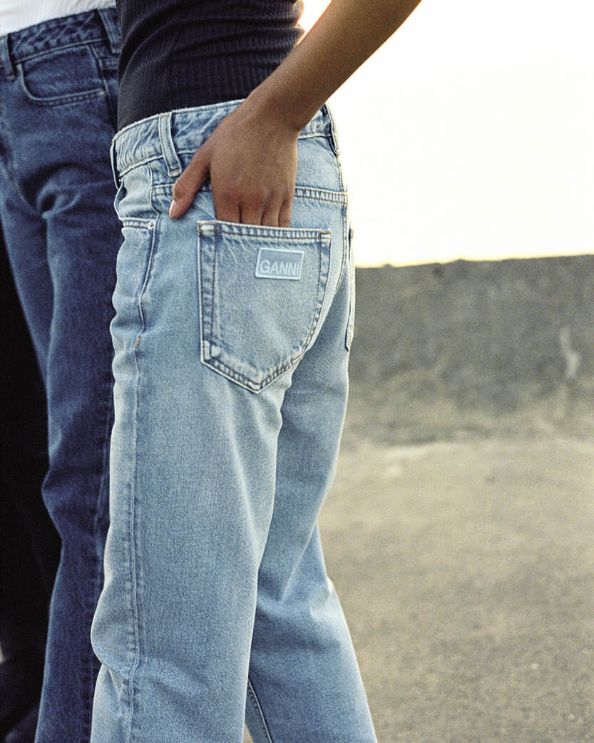 GOOD FRIENDS AND GOOD JEANS – WITH YOU FOR LIFE