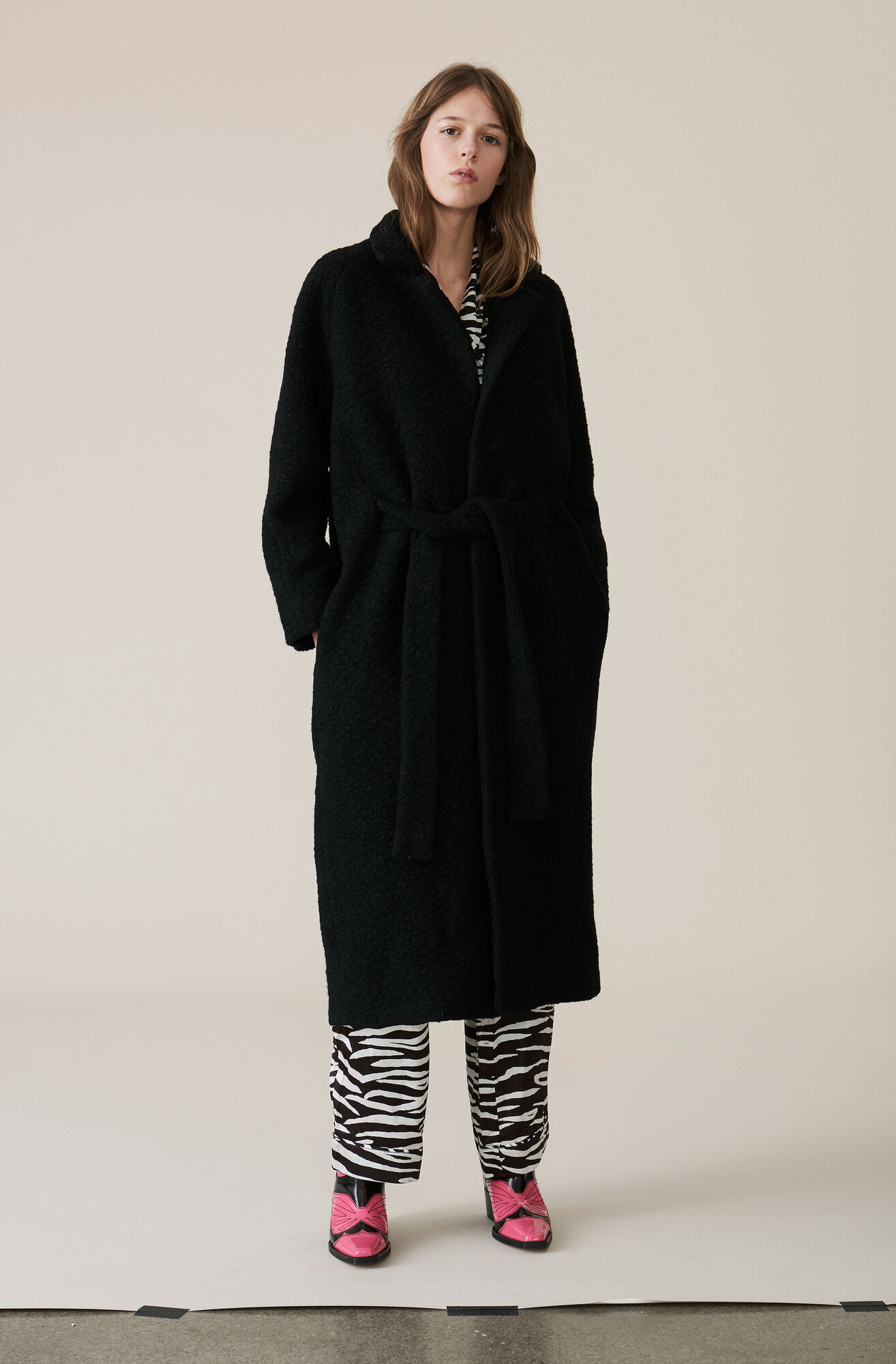 Boucle Wool Lang Wickelmantel, Black, hi-res