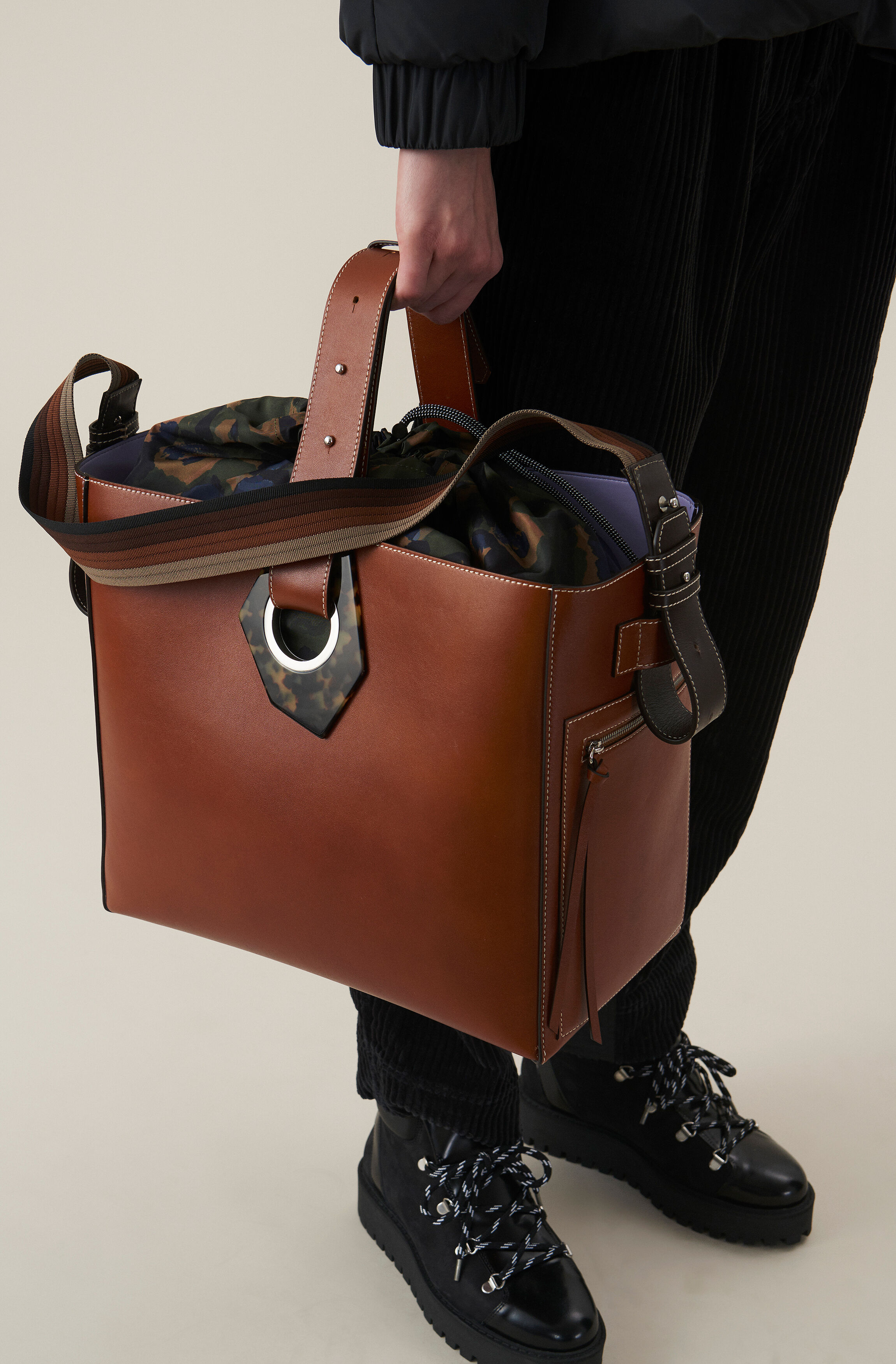 00 EurShop Bag669 Your New Ganni Leather Tote 6Ygyv7bf