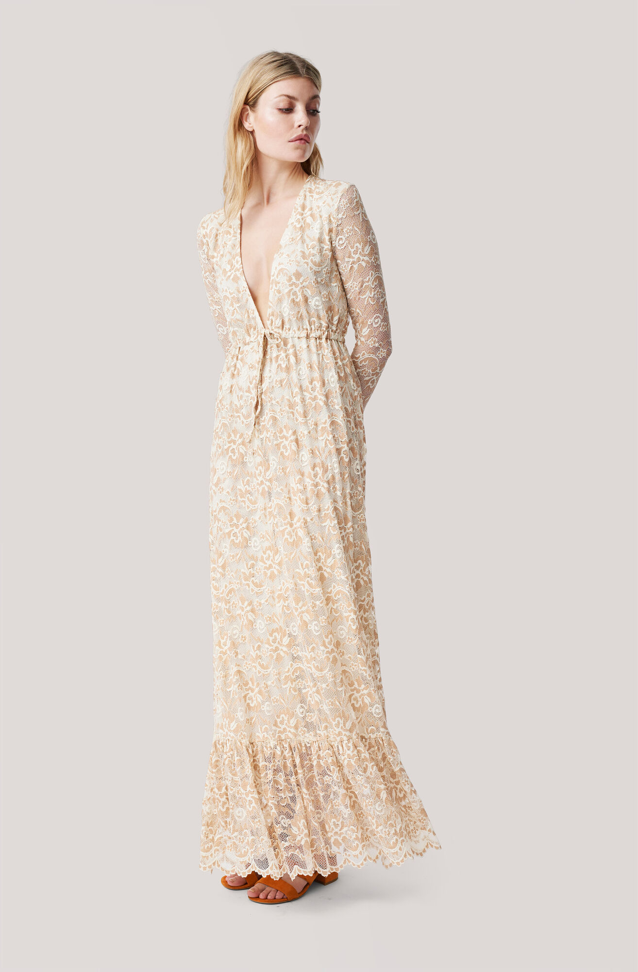 2d17c679 Flynn Lace Maxi Dress
