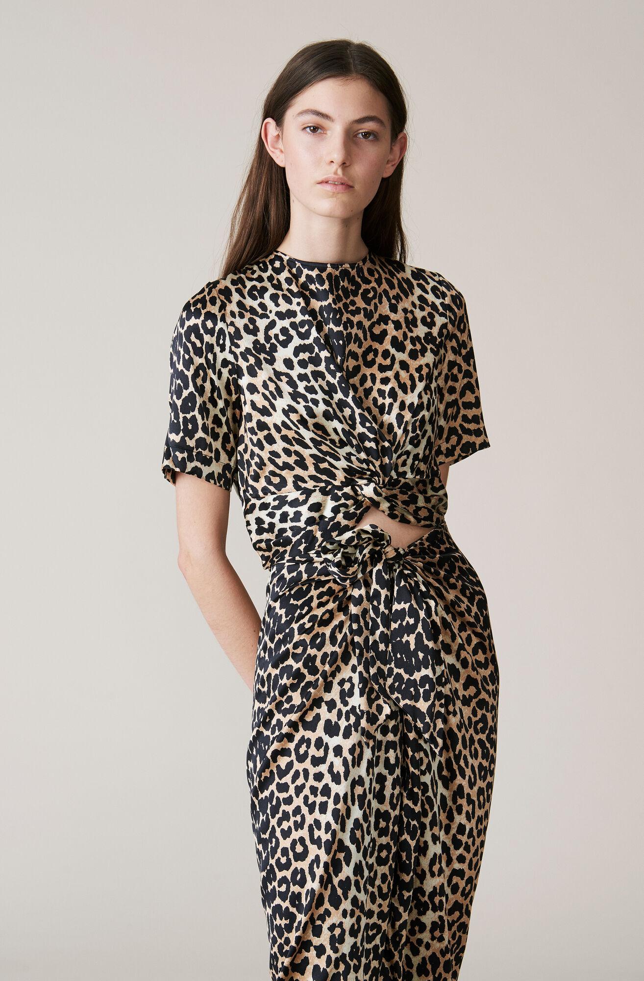 a5576dee GANNI Calla Silk Twist Blouse ( 160.00 GBP ) | Shop your new Calla ...