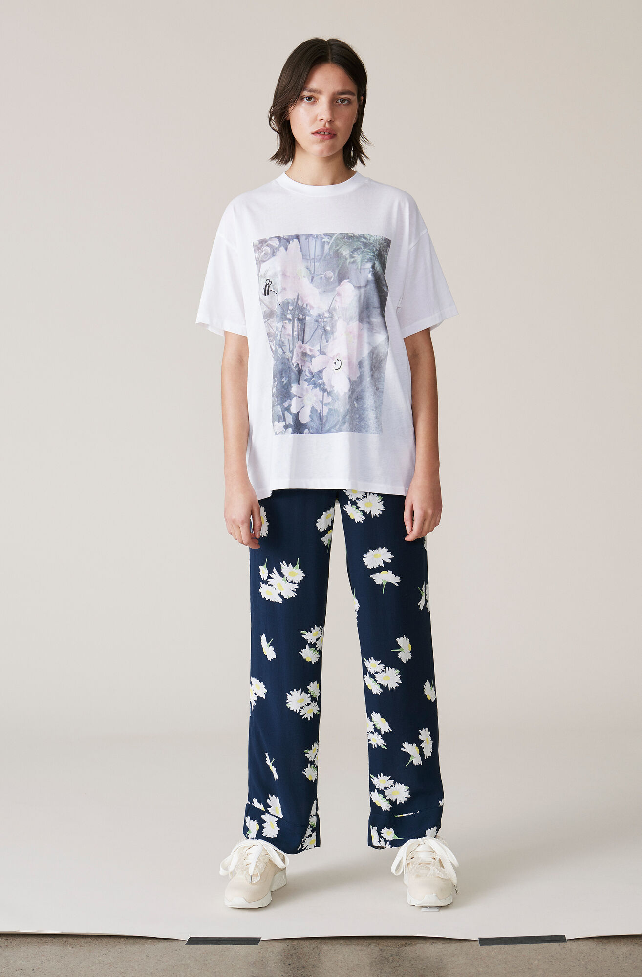Davis T-shirt, Oversized, Bright White, hi-res