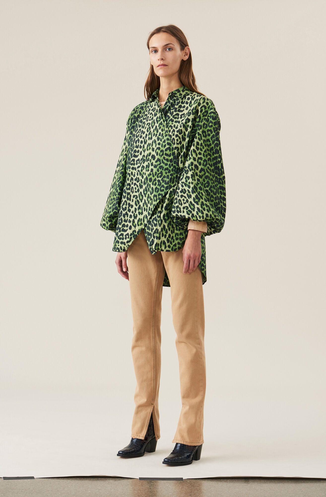 Printed Cotton Poplin Love for Leopard Wrap Shirt, Classic Green, hi-res